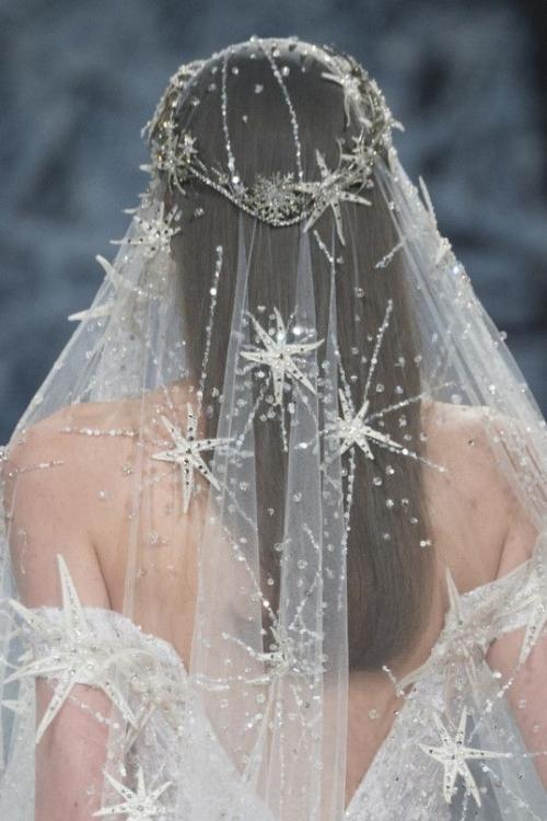 Фата с кристаллами Swarovski